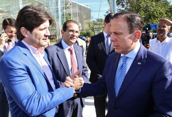 Durante a visita do governador à Assembleia Legislativa, o deputado André do Prado solicitou a duplicação da SP-56, que os municípios de Arujá e Itaquaquecetuba