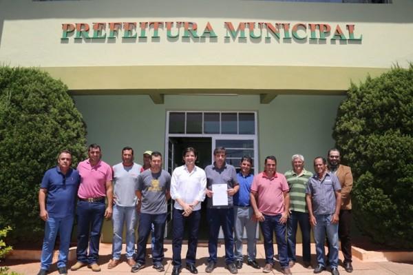 O convênio foi assinado na Prefeitura de Redenção da Serra