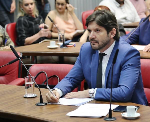 A pauta da comissão promovido pelo deputado André do Prado foi o combate contra à dengue