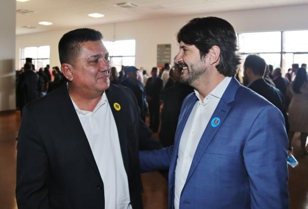 Deputado André do Prado esteve na assinatura do convênio para construção de um mirante que possibilitará ver o Rio Ribeira de Iguape