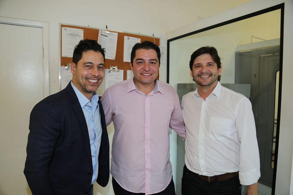 Deputado Marcio Alvino, vereador Clebão do Posto e Deputado André do Prado